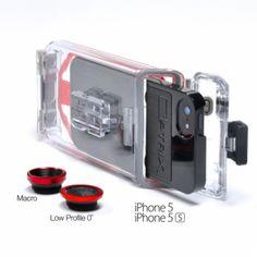 Optrix PhotoX (2 lenzen)De PhotoX heeft dezelfde eigenschappen als de PhotoProx, alleen biedt deze case 2 verwisselbare lenzen. Een professionele Macro Lens en een Low profile 0˚ lens. De Photox is de perfecte manier om vertrouwd te raken met de kwaliteit en veelzijdigheid van de Optrix lijn te krijgen. Ook uit te breiden met meerdere lenzen die los verkrijgbaar zijn. De PhotoX is geschikt voor de iPhone 5/5S.