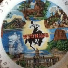 Vintage Wyoming State Plate Dish Decor Gold Trim Bronco Devil's Tower Cheyenne