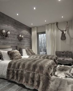 Best Modern Rustic Bedroom For Your Home. We searched the Modern Rustic Bedroom For Your Home color choices for you in the bedroom Modern Rustic Bedrooms, Farmhouse Master Bedroom, Beds Master Bedroom, Modern Rustic Furniture, Bedroom Country, Single Bedroom, Home Decor Bedroom, Bedroom Furniture, Bedroom Wall