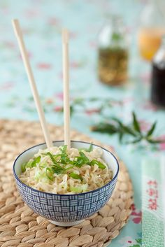 I've always loved adding green onions to ramen noodles#lunch #dinner