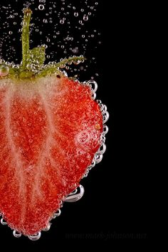 "Photo ""Strawberry"" by Mark Johnson Macro Photography Tips, Fruit Photography, Dark Photography, Still Life Photography, Mint Wallpaper, Galaxy Phone Wallpaper, Food Wallpaper, Fruit Splash, Foto Macro"