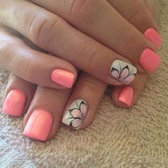Single floral petals nail among monochrome pink nails. It's probably a good nail idea for early Spring.