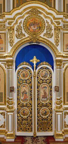 Иконостас Тихвинской церкви, г.Фатеж, Курская область.