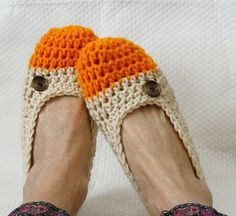crotchet slippers - nice color combination