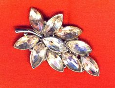 Lovely Large Vintage Clear Navette Rhinestone Leaf Brooch Pin