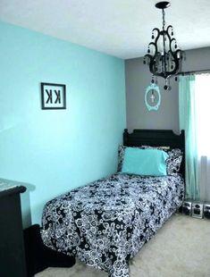 Bedford Home 66A-27403 Modern Throw Pillow Dreamy Blue
