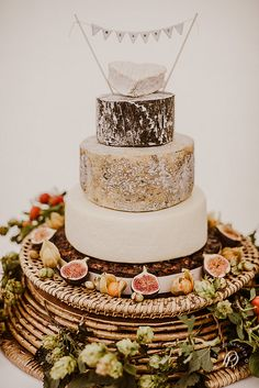 cheese cakes vintage wedding by jenlittlebird, via Flickr