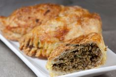 Pirohy z maslového cesta Spanakopita, Chicken, Ethnic Recipes, Food, Basket, Essen, Meals, Yemek, Eten