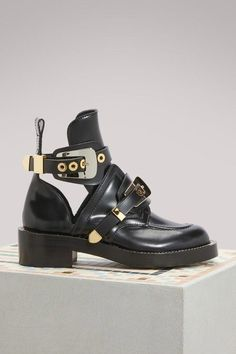 Buy Balenciaga Ceinture flat ankle boots online on 24 Sèvres. Shop the latest trends - Express delivery & free returns Black Combat Boots, Flat Boots, Mid Calf Boots, Leather Belts, Leather Ankle Boots, Worker Boots, Boots Gifts, Boots Online, Zapatos
