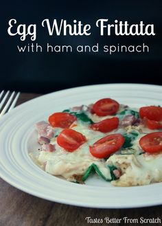 Egg White Frittata with Ham and Spinach- perfect low calorie healthy breakfast that is packed with flavor and will fill you up!