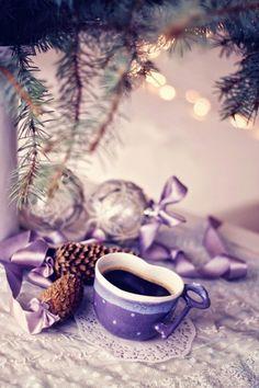 A Purple Christmas Royal Christmas, Purple Christmas, Christmas Colors, Christmas And New Year, Beautiful Christmas, Winter Christmas, Christmas Time, Merry Christmas, Christmas Decorations