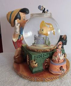 Disney Pinocchio and Cleo Fishbowl Snowglobe Snow Globe Plays Music | eBay