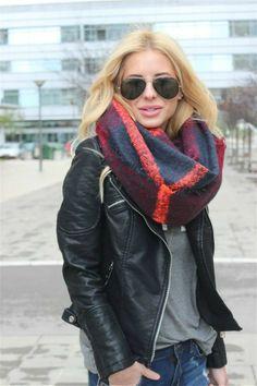 Maxi scarfs | Amparo Fochs