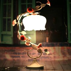 [Lighting] Bohemian countryside living room lamps bedroom table lamps bedside lamp roses creative  http://www.smalltao.com/product/6976511009/taobao