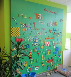 Are your kids fans of Lego? Well, i think not only your kids who love to play Lego but you and other adults may also love to play with it. However, do ever think to use Lego in your home interior d… Play Spaces, Learning Spaces, Kid Spaces, Play Areas, Mt Design, Deco Design, Wall Design, Lego Bedroom, Kids Bedroom