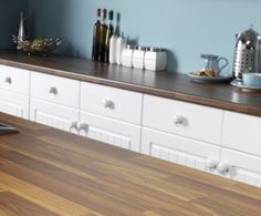 One of the biggest advantages of cheap laminate worktops is that they require very small level of maintenance. Best Kitchen Worktops, Laminate Kitchen Worktops, Kitchen Cabinets, Cheap Kitchen, Cool Kitchens, Home Projects, Buffet, New Homes, Storage