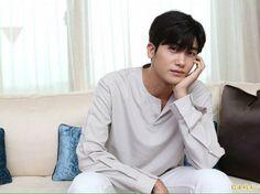 Park Hyung Shik, Yongin, Do Bong Soon, Yoo Seung Ho, Hyung Sik, Kdrama Actors, Strong Girls, Cute Korean, Boyfriend Material