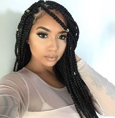 Have a look at this impressive collection of pictures showing different types of poetic justice braids styles. Once you go to a hair stylist and ask him to do t Short Hair Styles Easy, Short Hair Updo, Curly Hair Styles, Natural Hair Styles, Poetic Justice Braids, Big Box Braids, Blonde Box Braids, Box Braids Hairstyles, Twist Braids