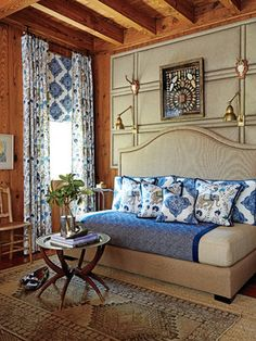 Three Twin Beds Design Ideas, Pictures, Remodel and Decor Full Size Daybed, Bed Drapes, Discount Bedroom Furniture, Daybed Covers, Upholstered Daybed, Sala Grande, King Headboard, Traditional Bedroom, Blue Bedding