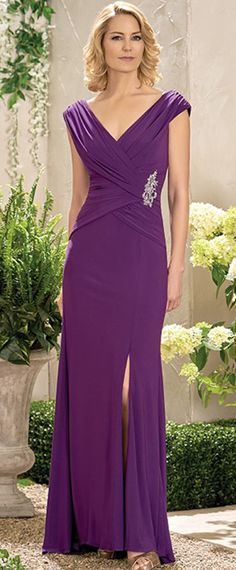 Glamorous Chiffon V-neck Neckline Sheath Mother Of The Bride Dresses With Beadings