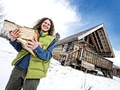 Aurora Cabin, cabin rental in Whitehorse, Yukon.