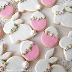 Easter Cookies are the best way to spread the festive cheer. Here are the best E… Easter Cookies are the best way to spread the festive cheer. Here are the best Easter cookies ideas & Easter cookie decorating inspiration for you to try. No Egg Cookies, Fancy Cookies, Iced Cookies, Cute Cookies, Easter Cookies, Cookies Et Biscuits, Holiday Cookies, Sugar Cookies, Easter Cupcakes
