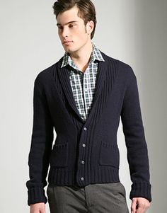 Navy sweater, perfect for the workplace. Add a tie to spruce it up!