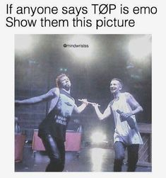 my chemical romance, panic! at the disco, fall out boy, twenty øne pi… Source by buntereihe Our Reader Score[Total: 0 Average: Related Ideas Screen Twenty One Pilots LifeTwenty Øne Piløts 💙 / One Pilots Fotos de Tyler Joseph, Tyler E Josh, Twenty One Pilots, Twenty One Pilot Memes, Josh Dun, Emo Band Memes, Emo Bands, Camilla, Top Memes
