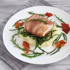 See related links to what you are looking for. Fish Recipes, Seafood Recipes, Healthy Recipes, Lucky Food, Vegetarian Recepies, I Want Food, Raw Vegetables, Fish Dishes, Food Inspiration
