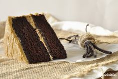 Νηστίσιμο κέικ με καραμελένια βουτυρόκρεμα (updated!) Butter, Tiramisu, Creme, Chocolate, Cooking, Ethnic Recipes, Desserts, Food, Candies
