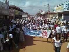 Milhares saem às ruas Por Um Uruará Melhor. Leia no meu blog  http://joabe-reis.blogspot.com.br/2015/08/milhares-saem-as-ruas-por-um-uruara.html
