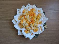 Receitas Círculo - Flor de Crochê Mega Luxo's