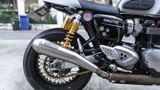 Kineo for Triumph Thruxton. Buy on Omnia Racing web site. #Wheels #Motorcycle #Motorcycles #Custom #Beauty