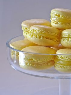 Making these tomorrow (but with a white chocolate filling!)  Lemon macarons.