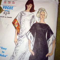 1960s Vintage Vogue Sewing Pattern Kimono Style by SelvedgeShop