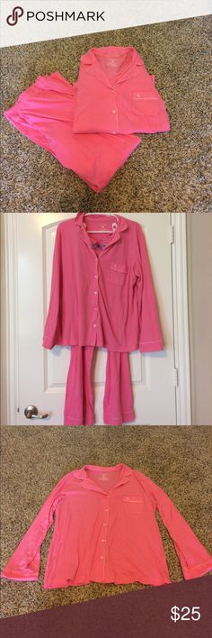 Victoria's Secret cotton pajama set Victoria's Secret cotton pajama set, size large, extremely comfortable material, has a front pocket and all buttons are included pants have a ribbon tie, this is a great deal! Victoria's Secret Intimates & Sleepwear Pajamas