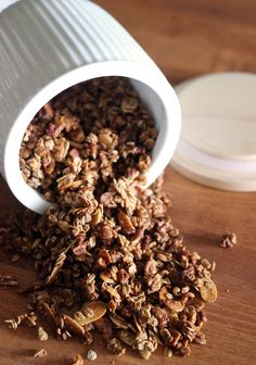 convection oven granola recipe - The Sweet Escape Convection Oven Cooking, Healthy Alternatives, Oven Baked, Granola, Easy Meals, Healthy Recipes, Breakfast, Brunch Ideas, Sweet