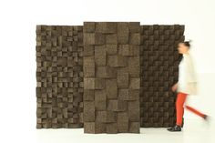 Braque (Tania da Cruz, 2013): a ​modular tile made of expanded cork that has good acoustic and isolating qualities.