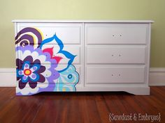 Painted dresser using overhead projector {Sawdust and Embryos} Patterned Furniture, Hand Painted Furniture, Repurposed Furniture, Kids Furniture, Bedroom Furniture, Furniture Design, Home Crafts, Diy Home Decor, Little Girl Rooms