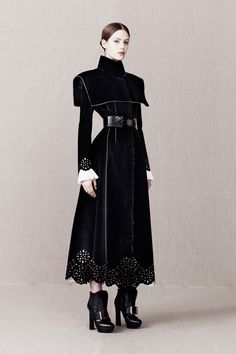 Regency Swan Alexander McQueen Pre-Fall 2013 part I