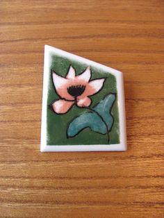 Arabia-Finland-Vintage-Flower-Anemone-Ceramic-Brooch-Helja-Liukko-Sundstrom