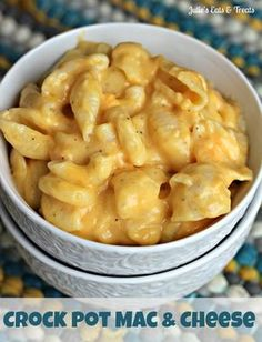 Crock Pot Mac & Cheese ~ Easy, Creamy, Delciousness! via http://www.julieseatsandtreats.com #recipe #crockpot