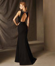 BELEN - Γοργονέ φόρεμα δεξίωσης από κρεπ, με χαμηλή μέση και βαθιά πλάτη