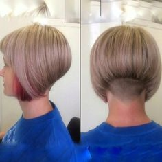 Messy Blonde Bob with Lowlights - 60 Best Short Bob Haircuts and Hairstyles for Women in 2019 - The Trending Hairstyle Asymmetrical Bob Haircuts, Short Bob Haircuts, Wedge Hairstyles, Hairstyles Haircuts, Messy Blonde Bob, Shaved Nape, Bobs For Thin Hair, Corte Y Color, Short Hair Cuts