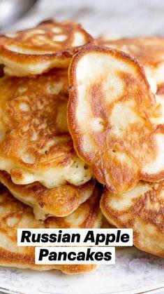 Vegetarian Breakfast Recipes, Breakfast Dishes, Brunch Recipes, Vegetarian Pancakes, Beer Recipes, Breakfast Items, Easy Homemade Pancakes, Tasty Pancakes, Crispy Pancakes Recipe
