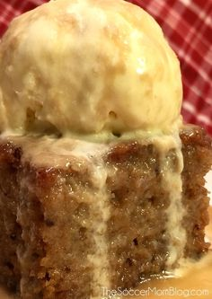 The BEST Sticky Toffee Pudding Cake Recipe - It's out of this world!! A crowd-pleasing dessert.