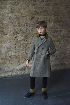 Founded in Caramel creates luxury womenswear, childrenswear and homewares. Its clothes are underpinned by understated sophistication, a refined simplicity, functionality and an extraordinary attention to detail. Vintage Baby Boys, Vintage Kids Clothes, Cool Kids Clothes, Kids Clothing, Cute Boy Outfits, Kids Outfits, Unisex Fashion, Boy Fashion, Kids Boutique