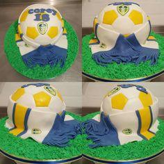 Leeds United Football, 40th Cake, Soccer Ball, Birthday Cakes, Fondant, Daddy, Party Ideas, Men, European Football