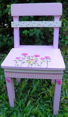 Sillita - Hada de las Rosas, en http://ofeliafeliz.com.ar