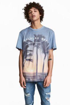 T-shirt à motif Modèle